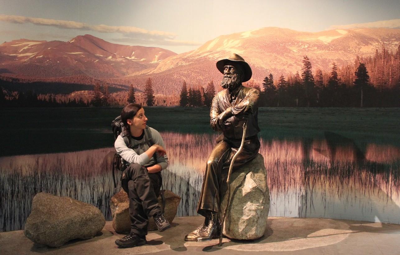 Im Visitorcenter des Parks haben wir uns von John Muir über den Wert der Natur aufklären lassen.