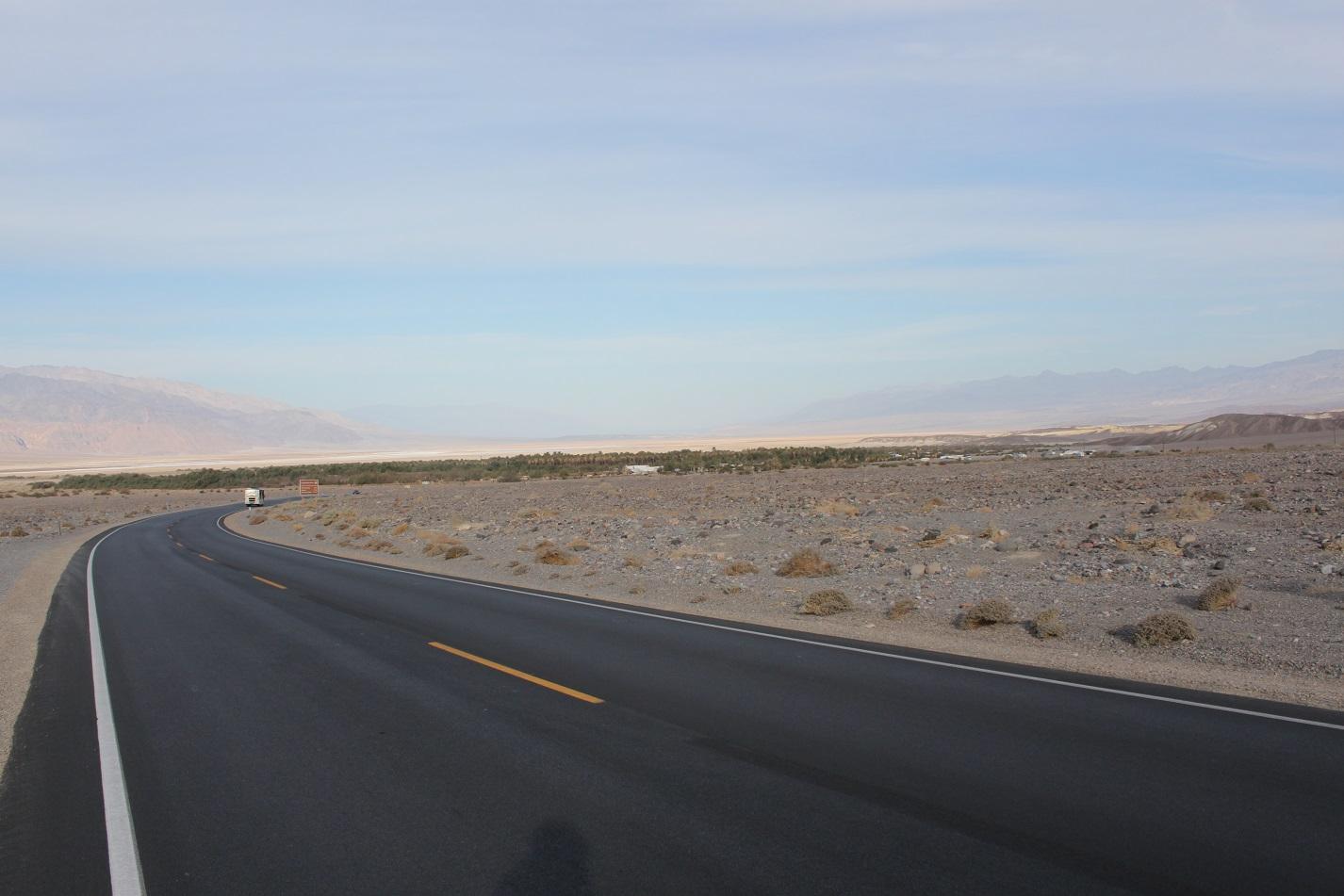 Einen letzten Schulterblick ins Death Valley.