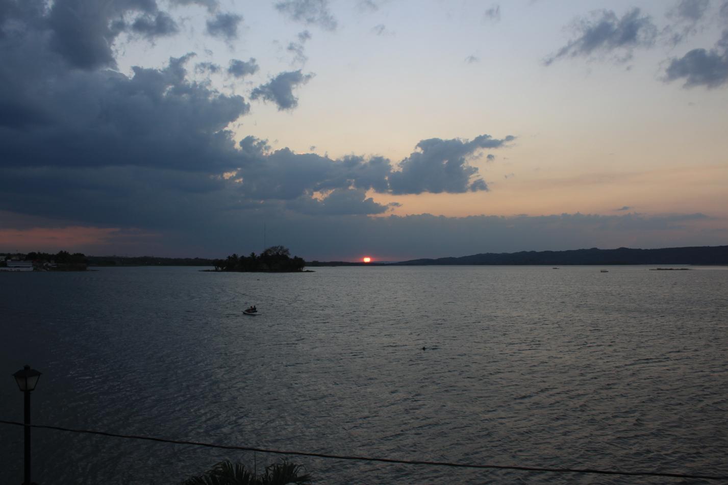 Sonnenuntergang von Flores