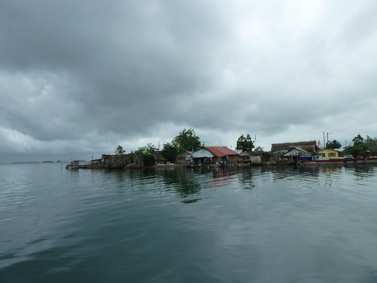 Diese Insel hatte sogar ein Stromnetz mit Dieselgenerator.