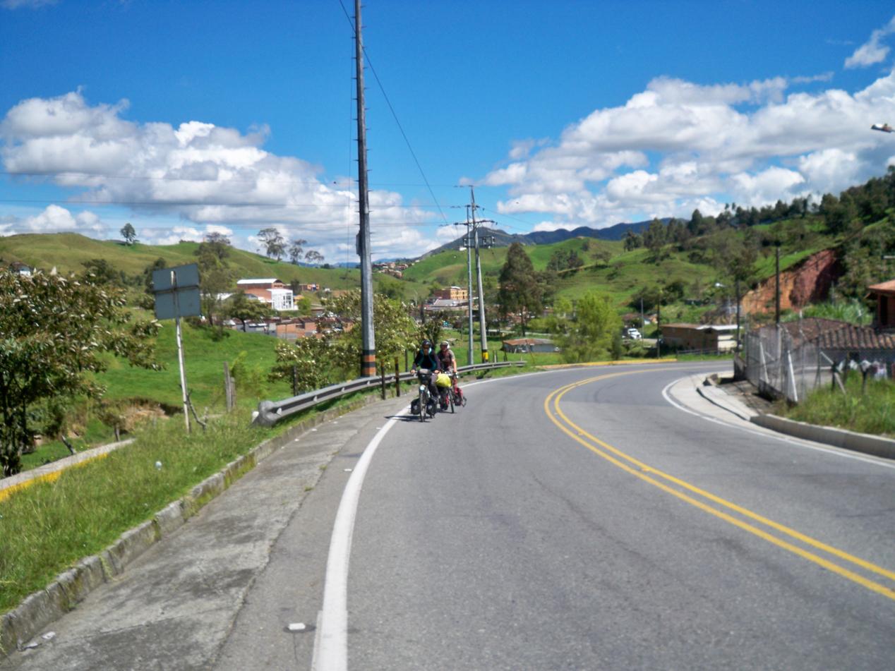 Noch ein Hügel und dann geht die Post ab.