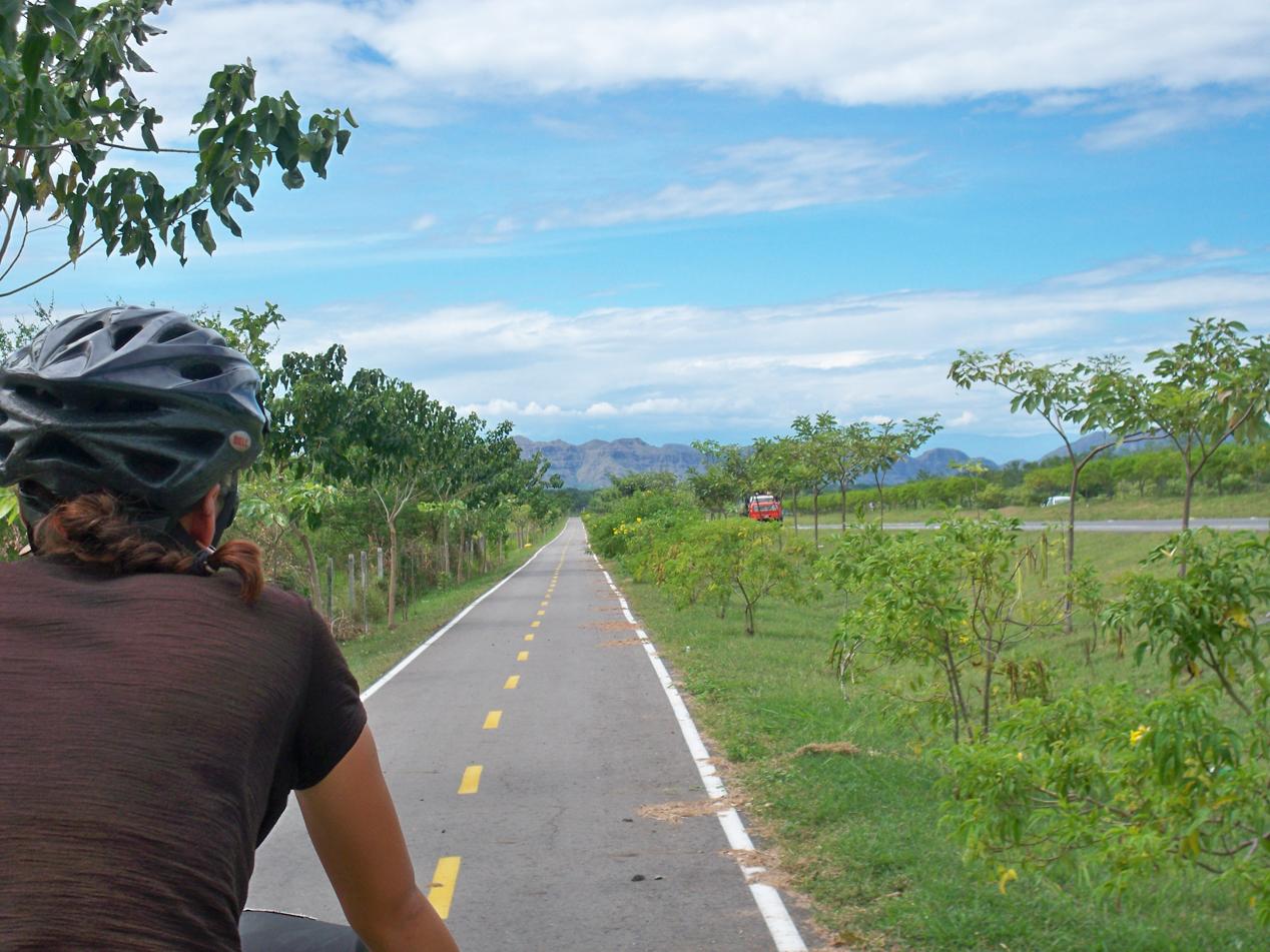 Aber so ein Fahrradweg ist dann schon ganz großer Luxus für uns.