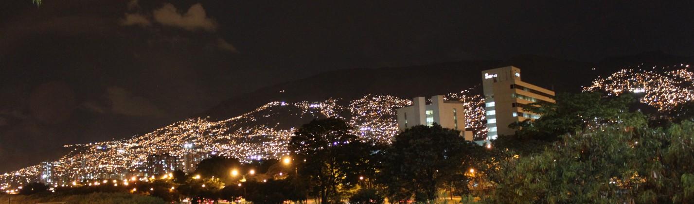Medellin bei Nacht