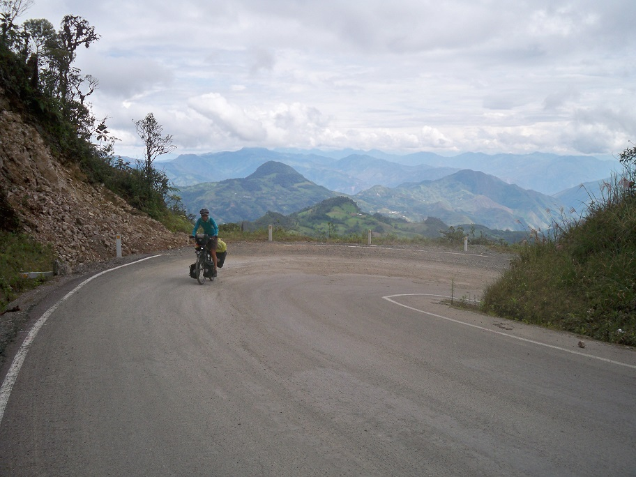 Wir hatten wieder traumhafte Ausblick über das endlose Bergland.
