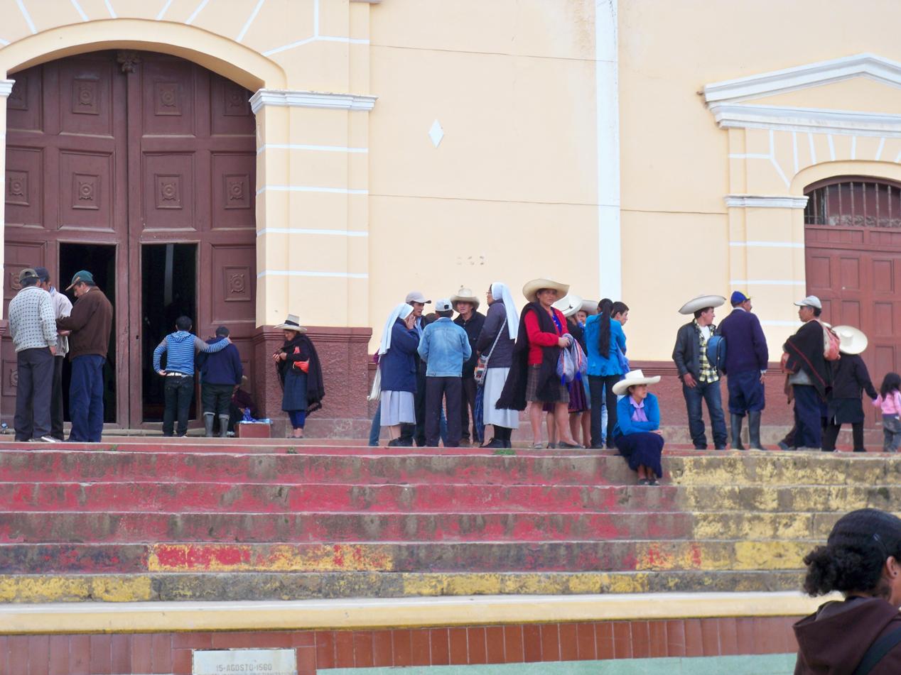 Typische Hudmode in Cutervo.