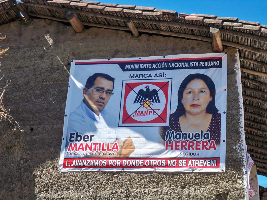 Die nationalistische Partei von Peru bringt sich in Stellung. Dieser Vogel in dem Logo ist schon ganz schoen vorbelastet...