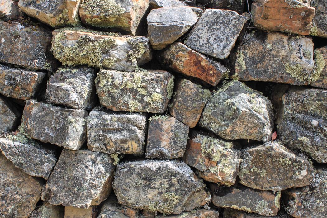 Stein auf Stein und in groß ergibt das ein Haus.