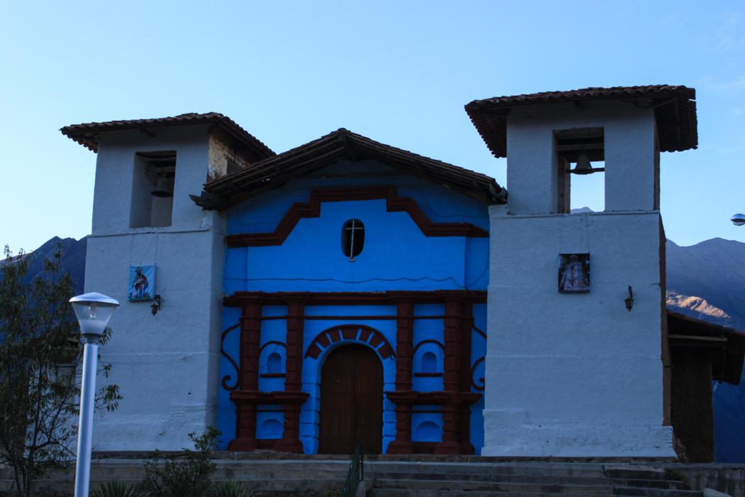 Die Kirche von Huallanca besteht komplett aus handgeformten Lehmziegeln.