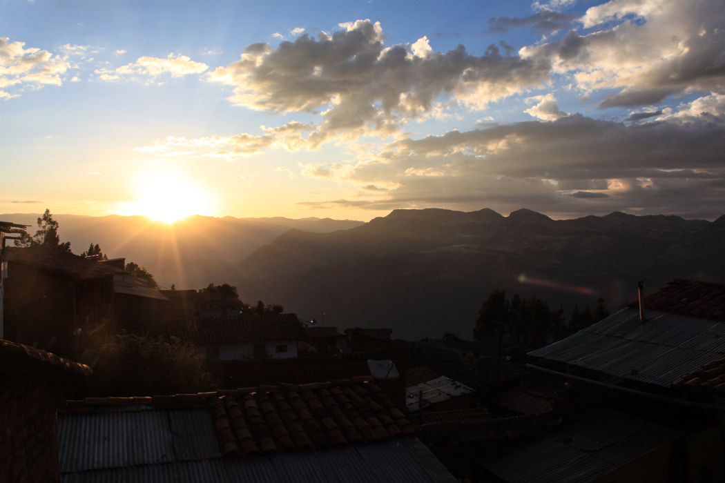 Sonnenuntergang über Pallasca.