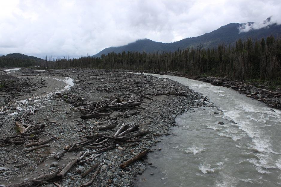 In der Nähe von Chaitén ist 2008 der gleichnamige Vulkan ausgebrochen und hat die ganze Region verwüstet.