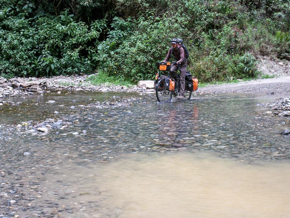 Davon gab es auf den letzten 32 Kilometern nach Santa Teres viele zu durchqueren.