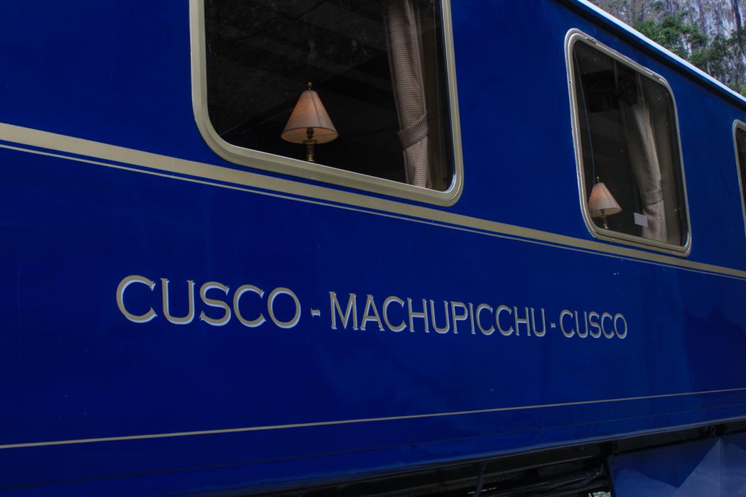 Eine Rundfahrt von Cusco  zum Machu Picchu und zurück gibt es in diesem Wagon für nur 950$ in der Nebensaison. Für den Preis könnte man sogar von Deutschland hin und zurückfliegen...